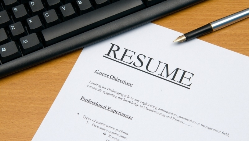 10 Tips for Writing a Great Resume or CV in English